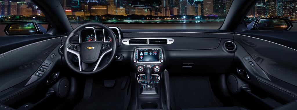 2015-chevrolet-camaro-sports-car