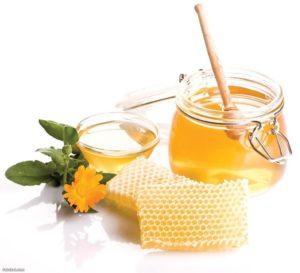 فوائد العسل على الريق
